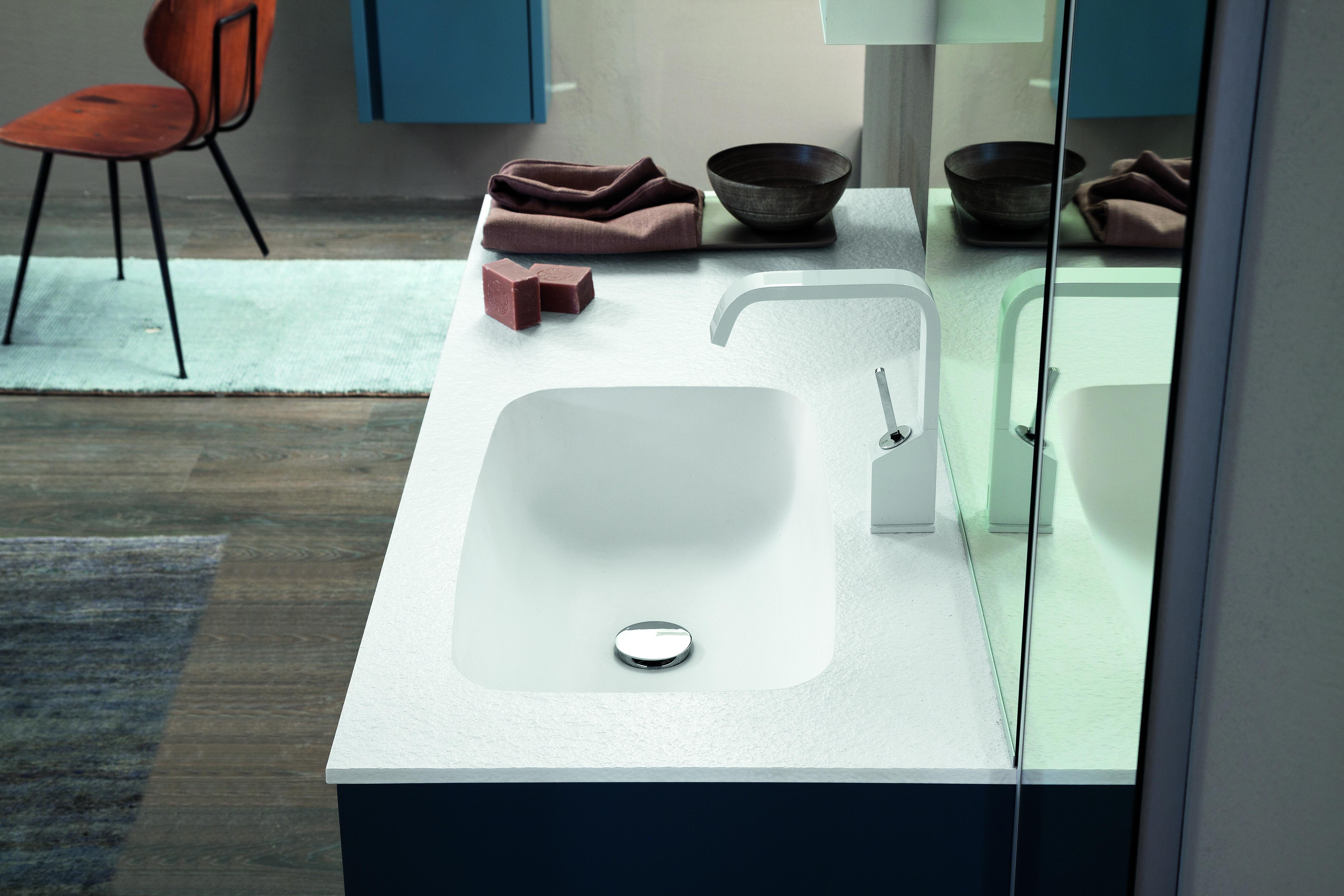 Ideas for decorating a small bathroom | Mastella Magazine