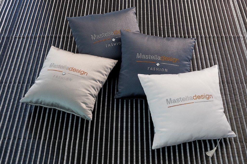 pillows-monica-mastella
