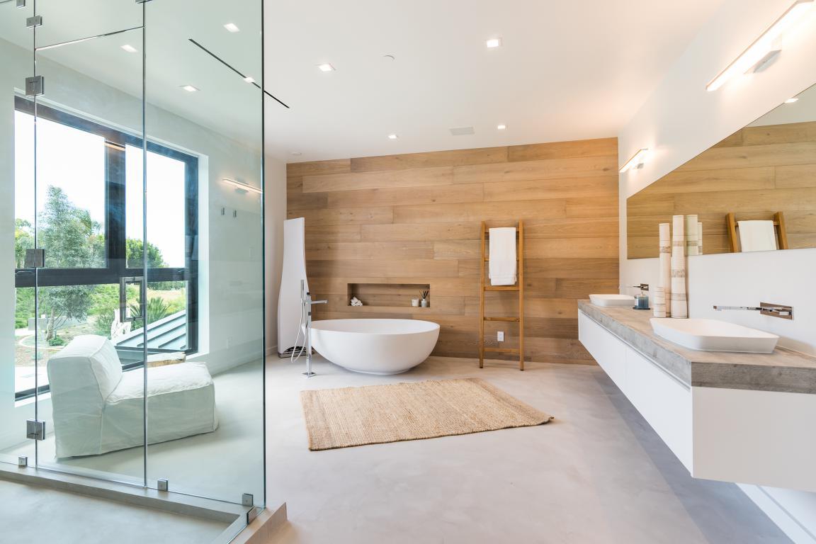bagno della casa al mare padronale - vasca doccia e mobile con doppio lavabo