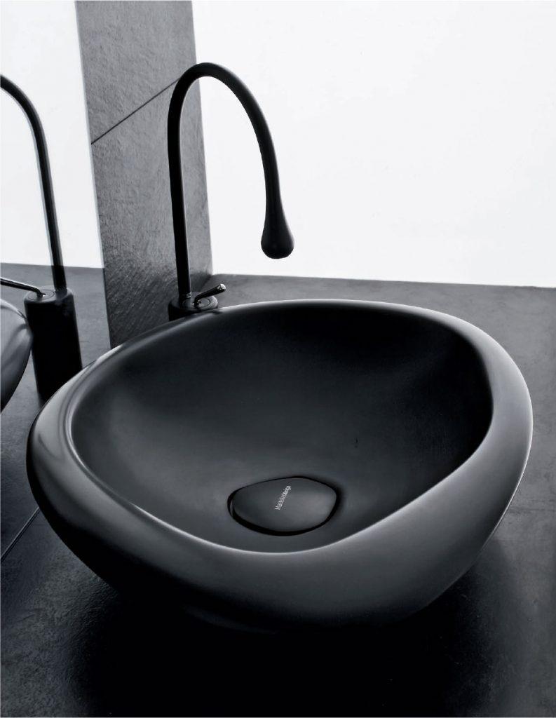 come-scegliere-il-lavabo_sasso_nero_mastella-design